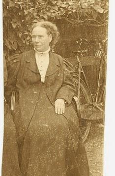 Frances Hoggan