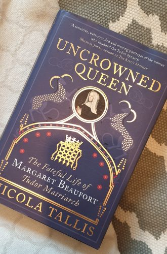 Review – Uncrowned Queen by Nicola Tallis