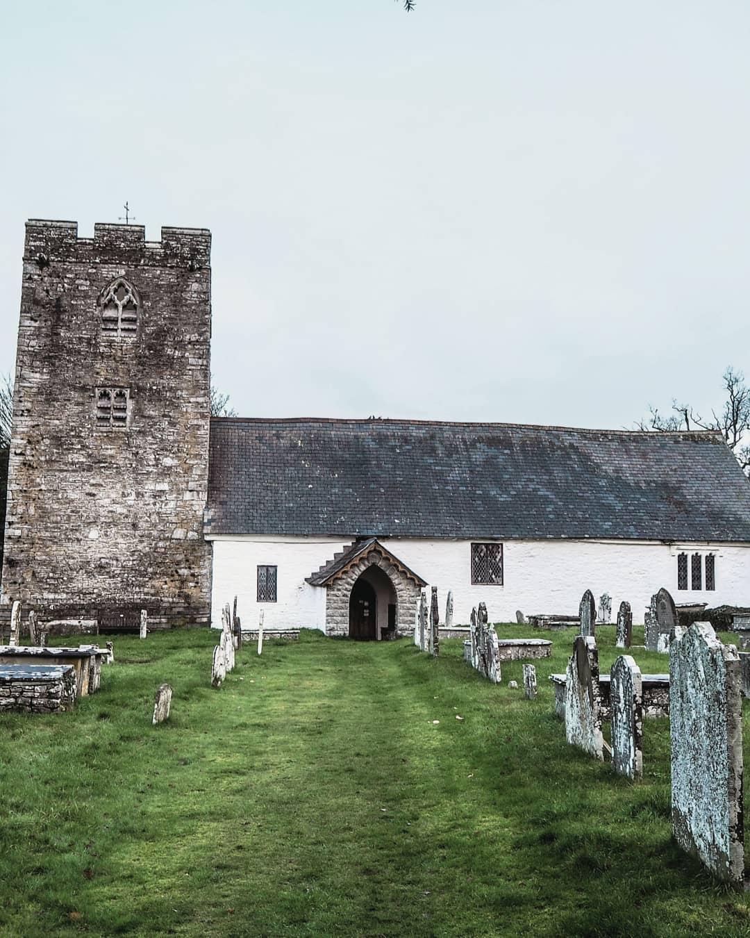 St Cewydd Church, Disserth